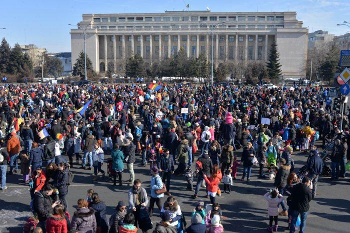 protestul-bebelusilor-4-februarie-piata-victoriei-Bucuresti-LM_0017